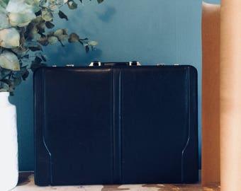 Vintage lederen aktenkoffertje | vintage leather briefcase | black leather briefcase | vintage zaken koffertje | bussines briefcase