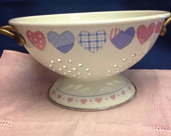 Enameled Footed Colander/Strainer by Hallmark Cards