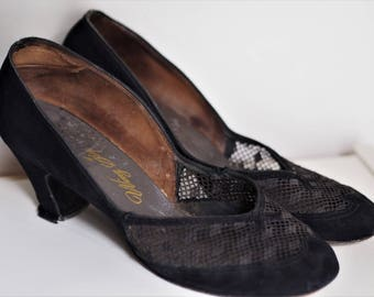 Beautiful Original 1940s Black Suede Heels With Incredible Mesh Cutout Detail