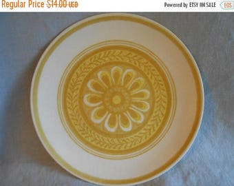 40% OFF SALE Set of 2 Cavalier Ironstone Dinner Plates Casablanca Pattern White with Yellow Daisy - Royal China 1960 Flower Power !