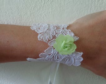 white lace set d bracelet lime green flower