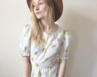 Vintage 60s 70s Dreamy Floral Dress