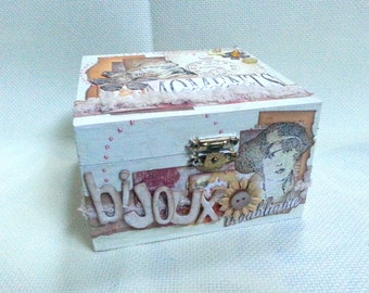 """January challenge """"shabby chic"""": scrappee vintage style wooden jewelry box"""