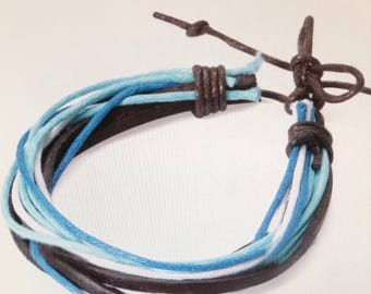 Blue and black bracelet for men or women.