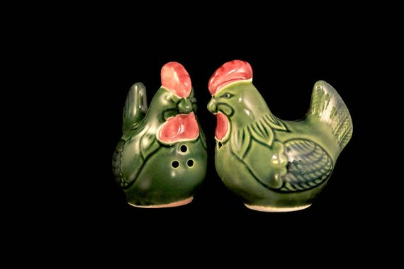 Rooster Salt and Pepper Shakers, Green, Ceramic, Hand Painted, Farmhouse Decor, Country Decor, Collectibles
