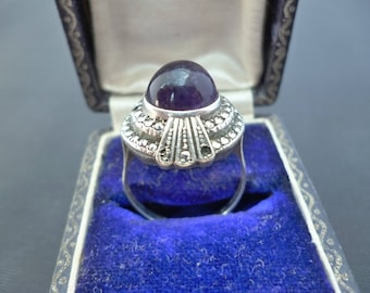 A stunning vintage deco ring - Amethyst - marcasite - 925 - sterling silver - UK Q - US 8.25
