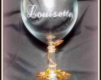 Personalized with name and decorative wine glass