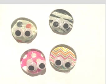 Bug Glass  Flat Dome Marble Magnets with Googely Eyes x4  Buggy Magnet
