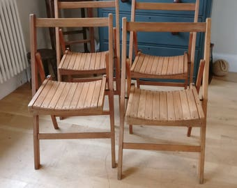 vintage folding chairs. Garden chairs. extra chairs. bbq chairs. (1259)