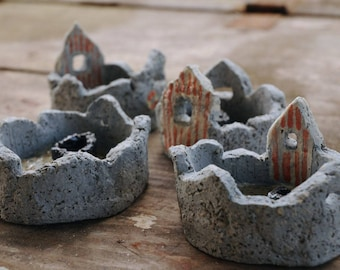Fishing hut ceramic mini-bowl
