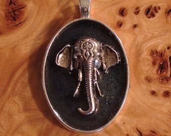 Silver Indian Elephant Ganesha Tray 25mm Unisex Pendant Necklace Antennas For the Soul Chakra-Tuning Crystal Ormus Orgone Energy Key-chain