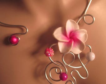 "Necklace + earrings ""Shama"" flowers and beads"