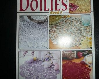 Leisure Arts A Year Of Doilies Thread Crochet Pattern Book