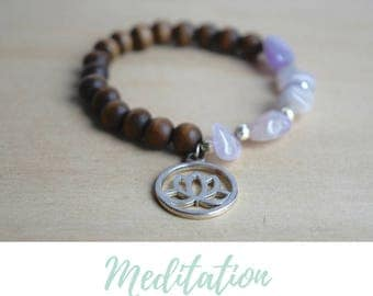 Amethyst Bracelet / lotus yoga bracelet, lotus yoga jewelry, zen lotus jewelry, silver lotus jewelry, lotus bracelet, blooming lotus charm