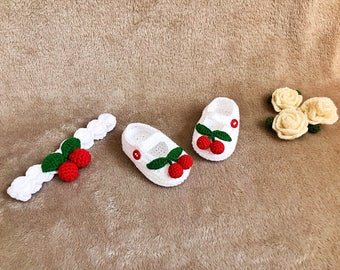 Crochet Cherry shoes and headband set  - Baby headband - Crochet shoes - Baby Shoes - Baby girl shoes - photo shoot
