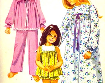 Simplicity 9095 sewing pattern for Girls Pajamas and nightgown. Pants or panties with top. Gathered yoke gown with back buttons. Size 8