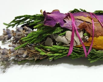 Free Shipping! White Sage and Aromatic Herb Botanical Incense (Smudge) - Midsized
