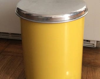 Vintage Mid Century Lincoln Beautyware Metal Step-On Trash Can - Beauty Can By Lincoln Metal - Model L-12- Yellow - Foot Pedal Garbage Can