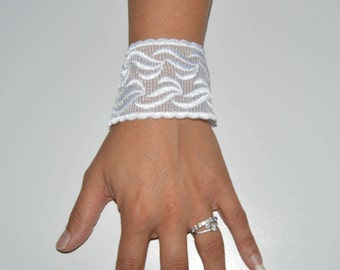 Lace wedding, wedding white lace cuffs, bangles bracelet has tie cuff has ivory, tie wedding, Bridal, ivory, lace