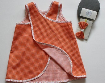 girls dress 2 years old size 2T or 2,  %100 cotton European style  with matching headband, 2 piece set
