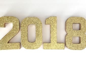 Glitter 2018 Stand Up Sign - Graduation - Grad - New Years Eve - Party - Photo Prop - Decor - Decorations - NYE - Paper Mache Numbers