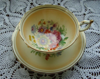 Georgous Paragon - Fine Bone China England - Vintage Tea Cup and Saucer - Cinnamon Brown with Multiforal Centers
