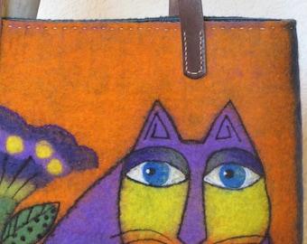 Felted shoulder bag, art bag, Cat in violet bag, felt bag, tote bag, felted bag, boiled wool bag, gift for her, OOAK bag, WoolDreamer