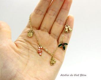 Christmas Bracelet, Santa Claus Bracelet, Metallic / Matt Gold Plated Christmas Charm Holly Leaf Bracelet, X'mas Bracelet, Christmas Jewelry
