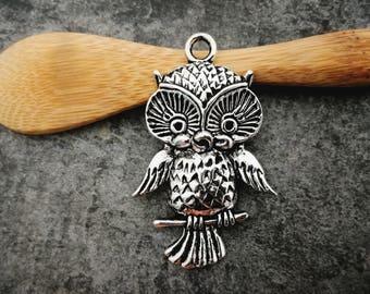1 pc, OWL pendant, OWL pendant, bird pendant on a branch, silver Metal, 44 x 28 mm
