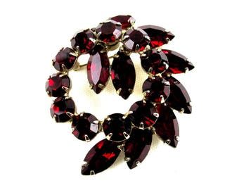Weiss Red Rhinestone Brooch, Ruby Pendant, Collectible Costume Jewelry, Gift Idea, 1940s