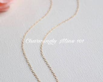 14k Gold filled single bead necklace. Freshwater pearl necklace. Dainty necklace. Bridesmaid necklace. Wire wrap necklace