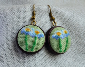 Flower earrings Gift for her Cross stitch jewelry Embroidered earrings Chamomile flower White green earrings Hand embroidered gift