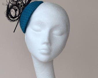 Blue fascinator. Turquoise fascinator. Blue wedding hat. Turquoise Ascot hat. Teal Derby hat. Teal black fascinator. Turquoise percher hat.