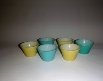 Six pastel Pyrex ramekin bowls, souffle bowls, broulle bowls, Blue and yellow,
