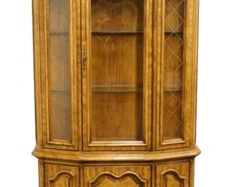 "BERNHARDT HIBRITEN Italian Neoclassical Tuscan 46"" China / Display Cabinet"
