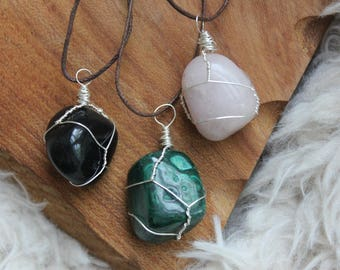 Wire wrapped Healingstone / gemstone Malachite rose quartz tourmaline