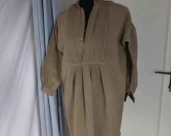 FRENCH VINTAGE NIGHTSHIRT, Antique Linen Shirt, French Linen Chemise, Dates from 1880's