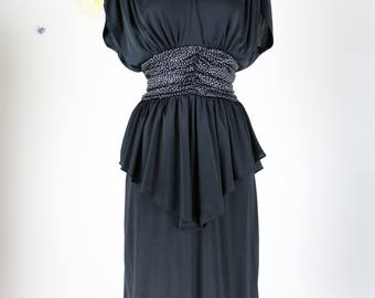 80s Does 1940s Dress - Black - Midi - Short Sleeve - Peplum - Ruched Waist & Shoulders - Sexy Open Back - Evening Vintage Dress - Medium