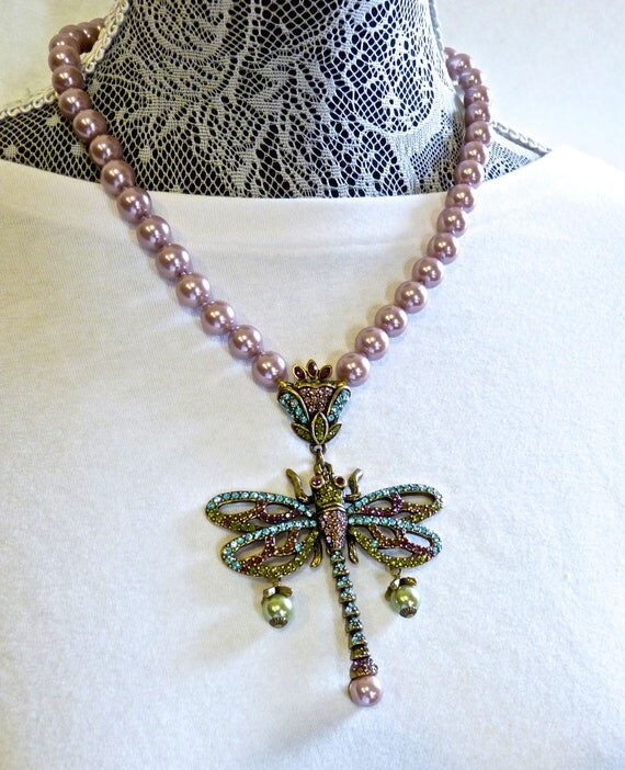HEIDI DAUS NECKLACE ~ Heidi Daus Dragonfly Pendant Necklace ~ Pave Set Crystals and Simulated Pearls ~ 21 Inches Long, 4.5 Inch Extender