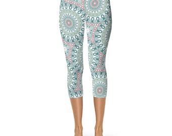Printed Capris Leggings, Mandala Pattern Yoga Pants, Unique Cropped Leggings, Yoga Clothing