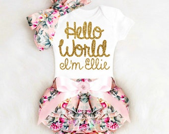 Baby shower gift etsy baby girl gift baby shower gift girl personalized baby girl outfit personalized floral bloomers baby bloomers negle Images