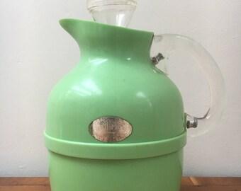 Bakelite/Roanoid Thermos® jug