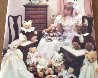 Bearly Beginning Smocking, Martha Pullen, vintage smocking book, heirloom sewing, clothing for bears, smocked collars for bears