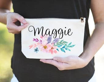 Floral Bridesmaid Makeup bag, Monogram Cosmetic Bag, Monogram Makeup Bag, Girly Makeup Bag, Floral Initial Bridesmaid Makeup Bag, Makeup