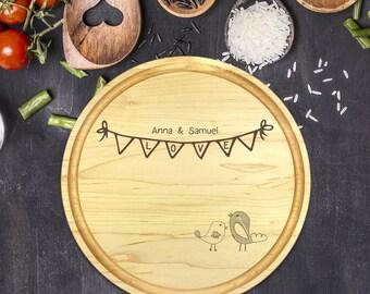 Personalized Cutting Board Round, Cutting Board Personalized, Wedding Gift, Housewarming Gift, Anniversary Gift, Love Birds, B-0072