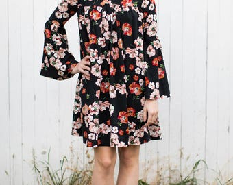 Luna Bellsleeve Dress (Black Floral) - Bellsleeve dress with front and back gathering