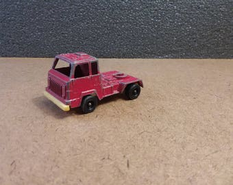 Tootsietoy Diecast & Plastic Truck Cab Collectible Red Transport Vehicle Toy Semi Cab