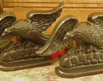 Vintage Cast Metal American Eagle Bookend, Pair Door Stopper, Bookshelf Decor, Bookworm, Library Accessory, Patriotic, Book End, Bird Lover
