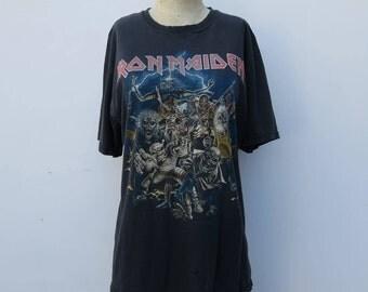 0756 - Vintage Best Of The Beast - Iron Maiden Shirt