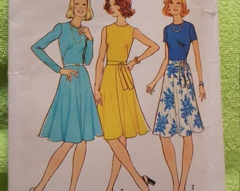 Vintage 1975 simplicity #6884 size 12 new and uncut